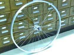 Laufradsatz 27 Zoll Vorderrad und Hinterrad Schraubkranz Kettenschaltung